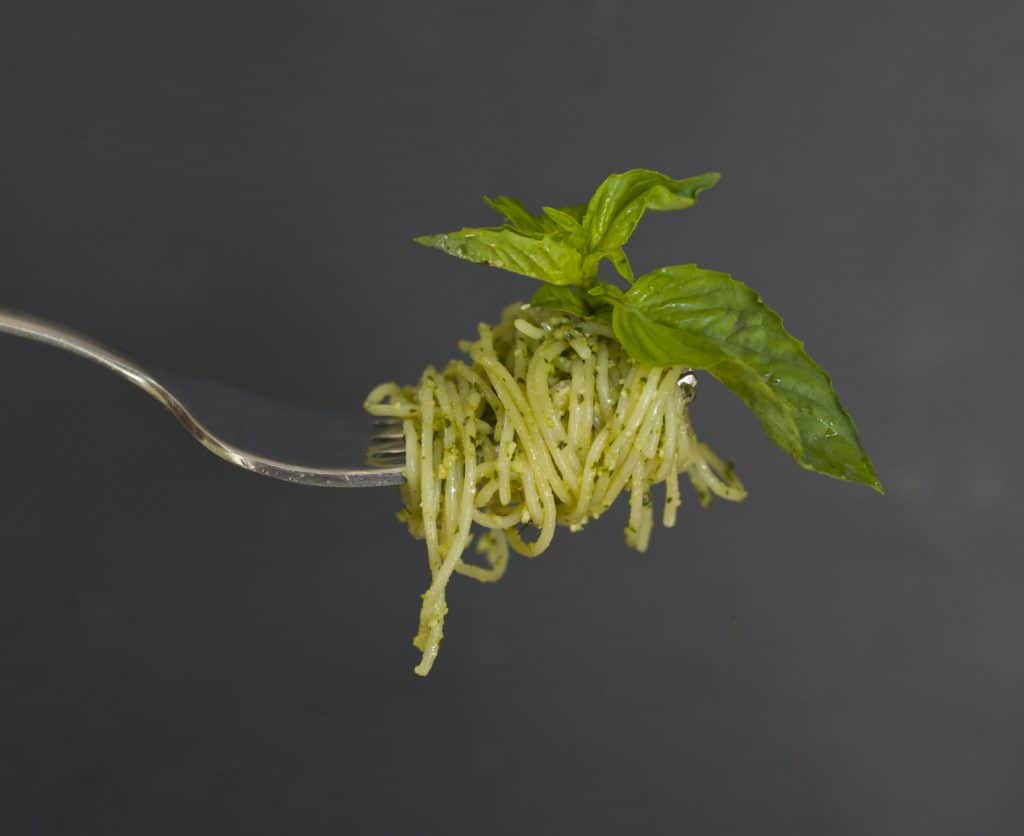 spaghetti with basil pesto sauce recipe2