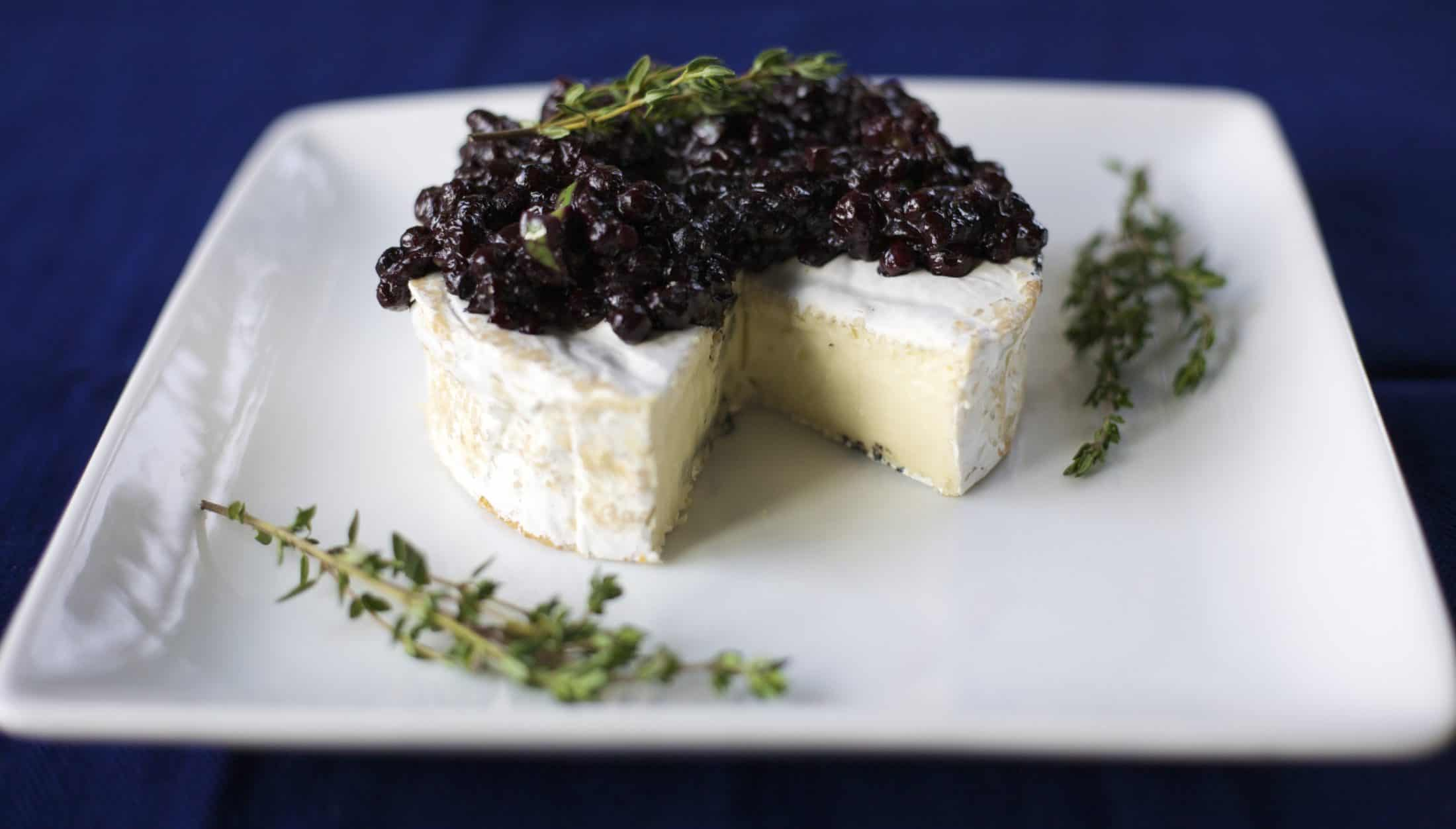 wild blueberry chutney with creamy brie