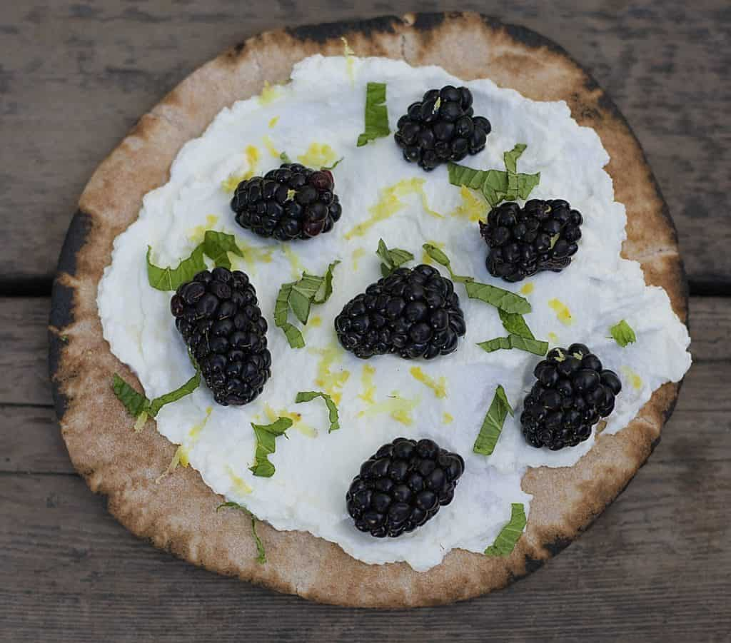 blackberry ricotta pita3