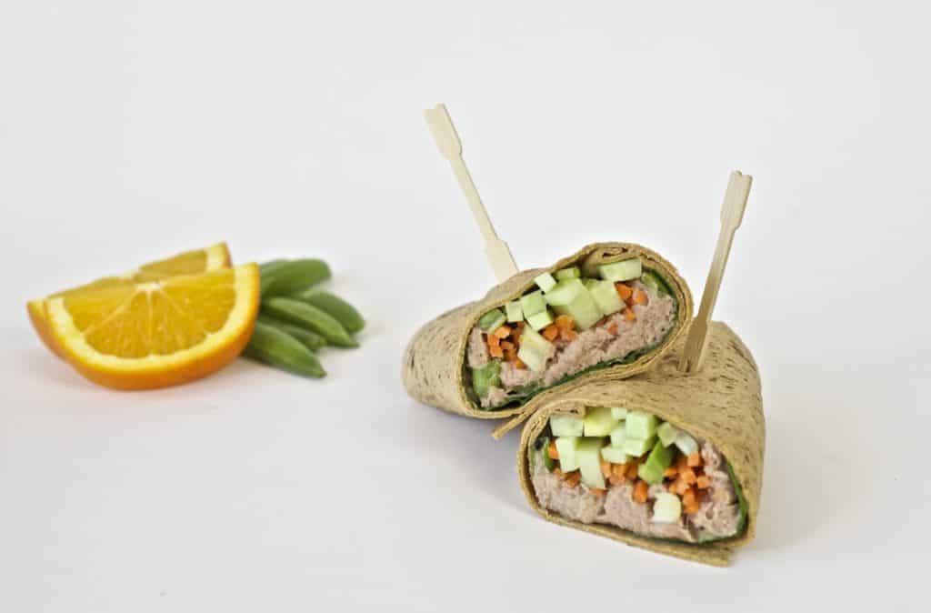 spicy tuna wrap healthy lunch idea3