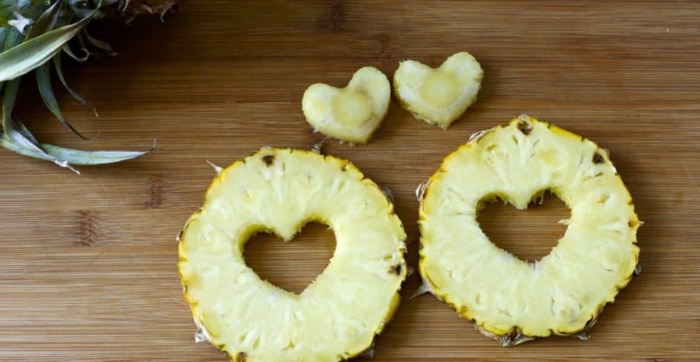 pineapple core health