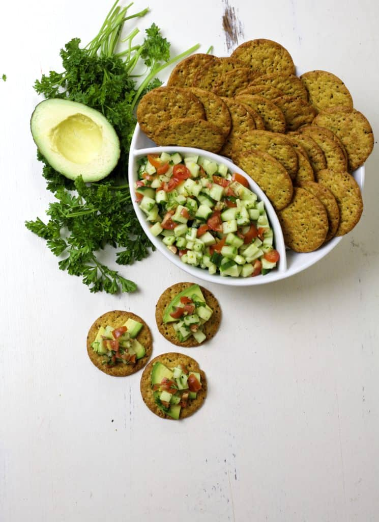 crackers with cucumber relish4