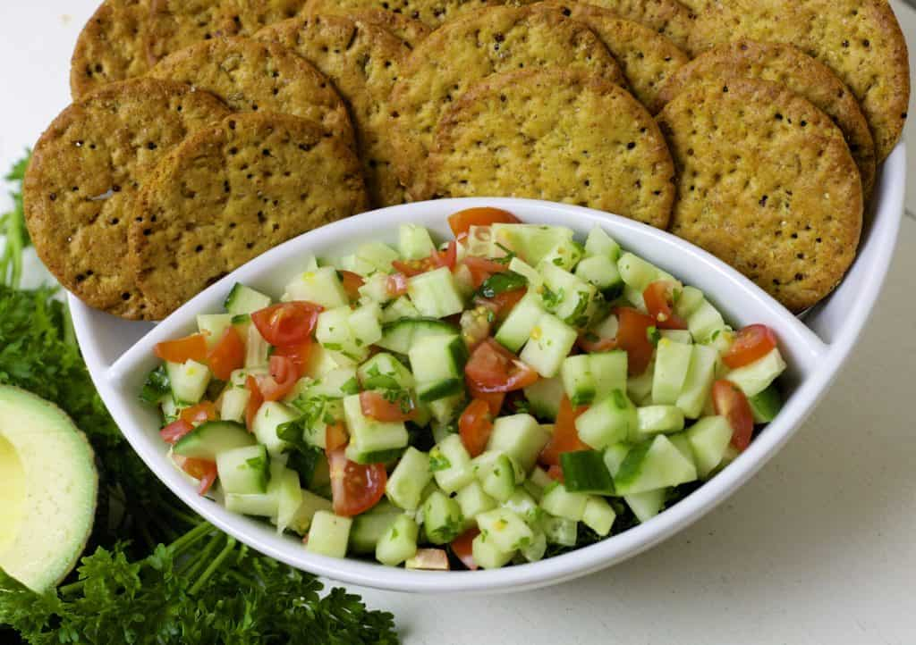 crackers with cucumber relish2