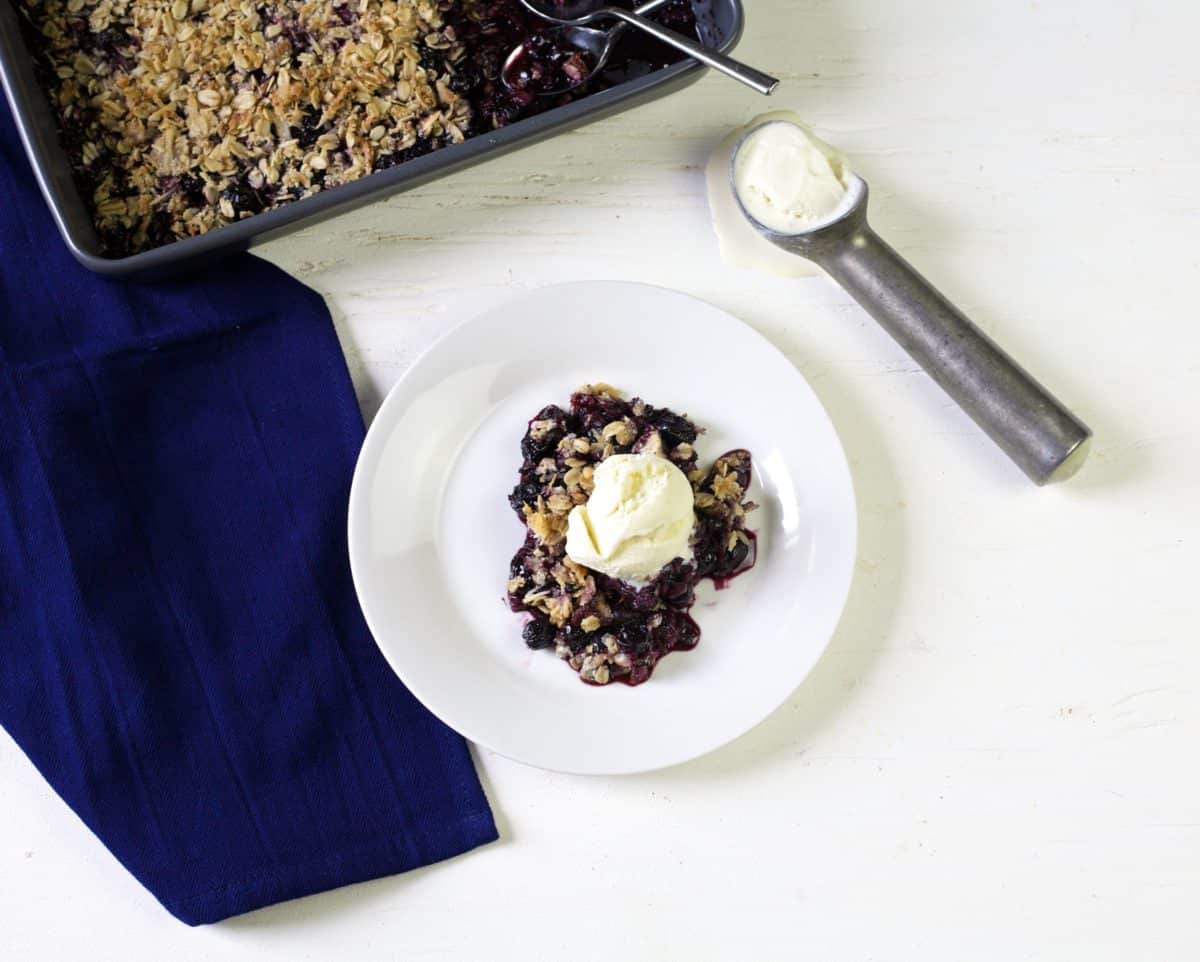coconut blueberry crisp
