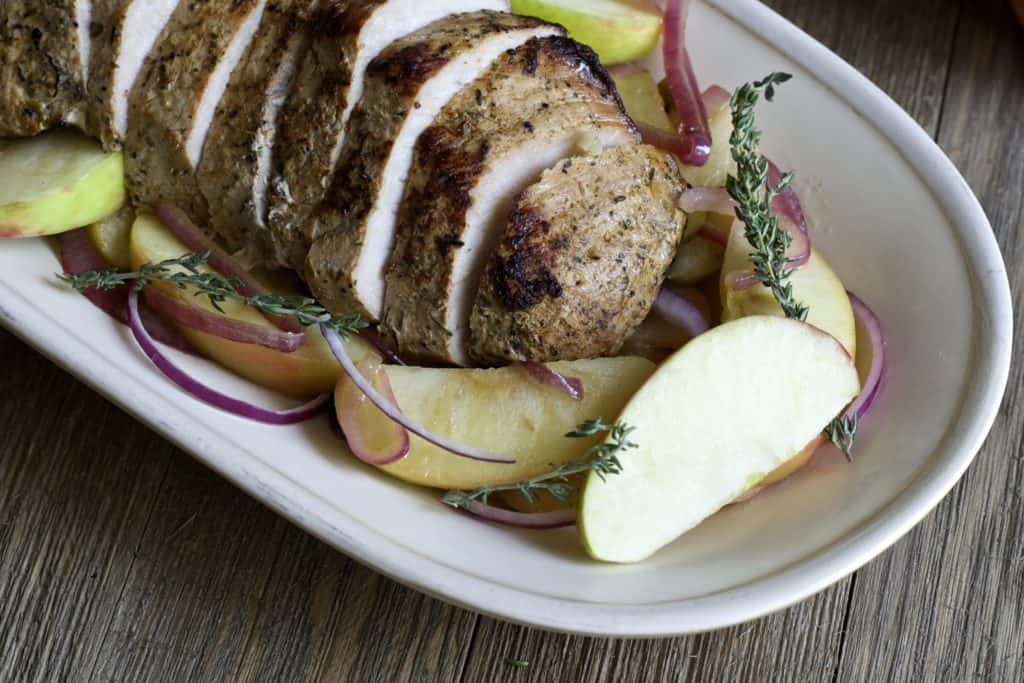 roasted pork with honeycrisp apples3