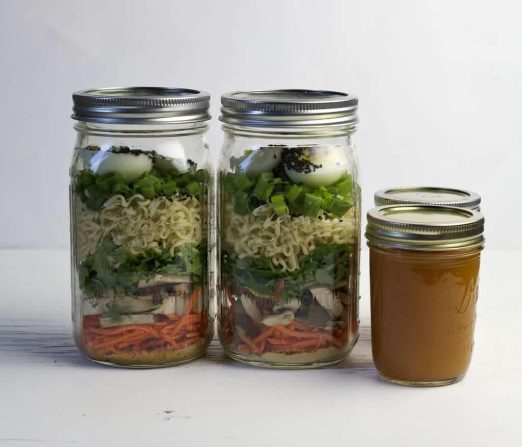 mason jar vegetarian ramen soup2