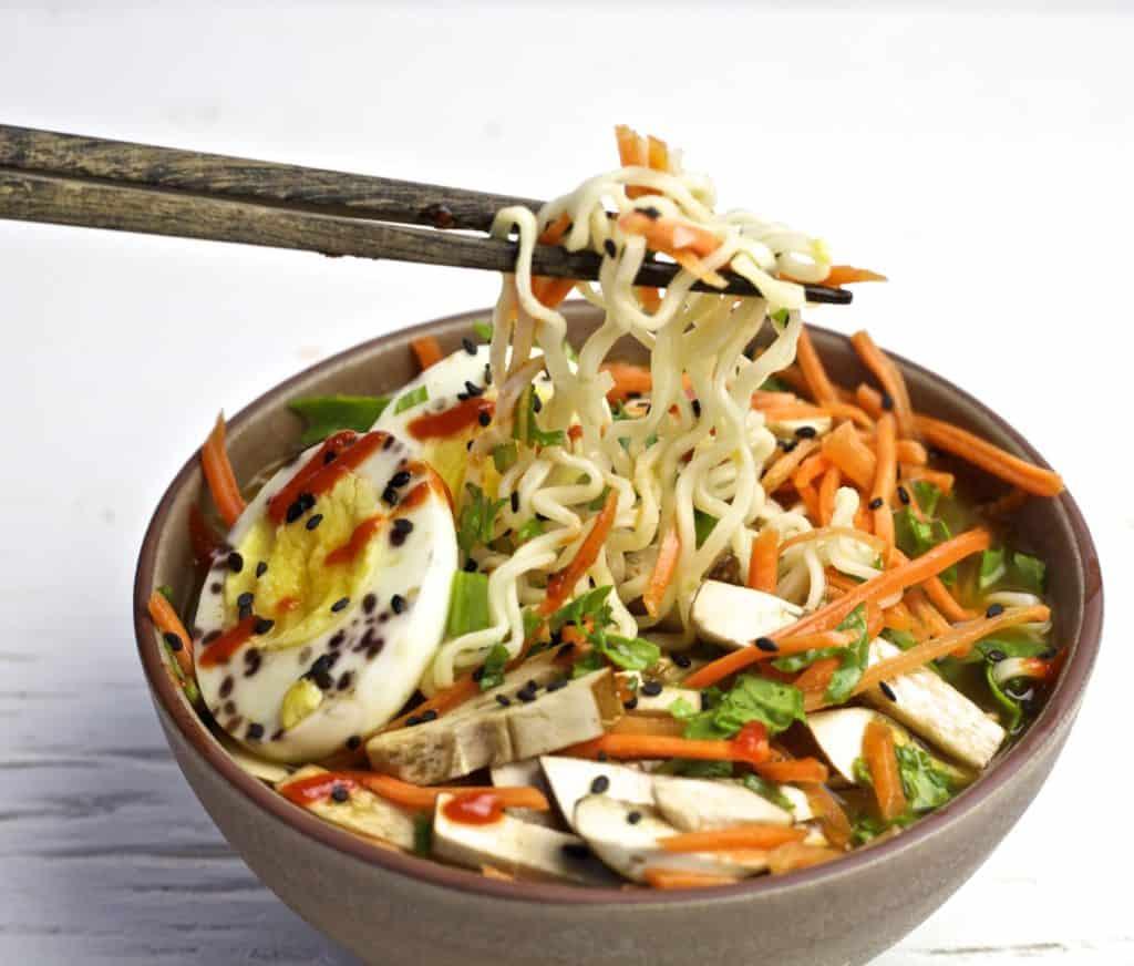mason jar vegetarian ramen soup1