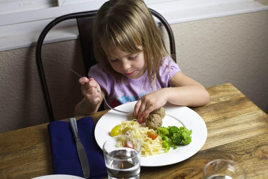 family friendly dinner1