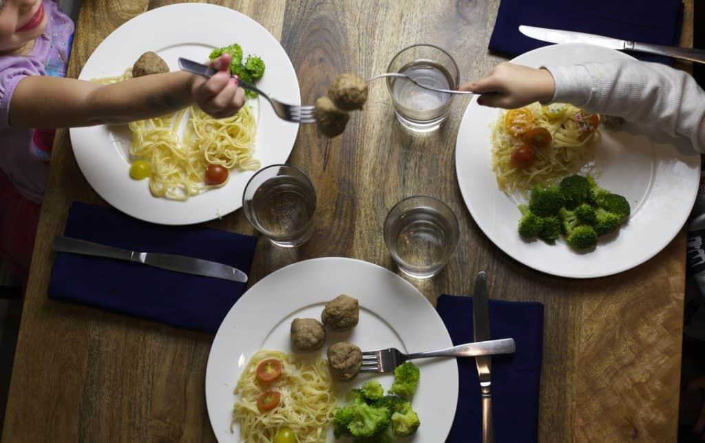 family friendly dinner2
