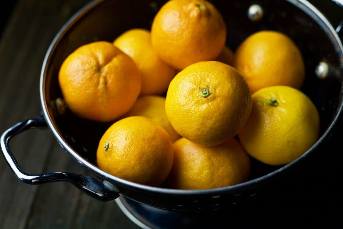 bowl of mandarin oranges