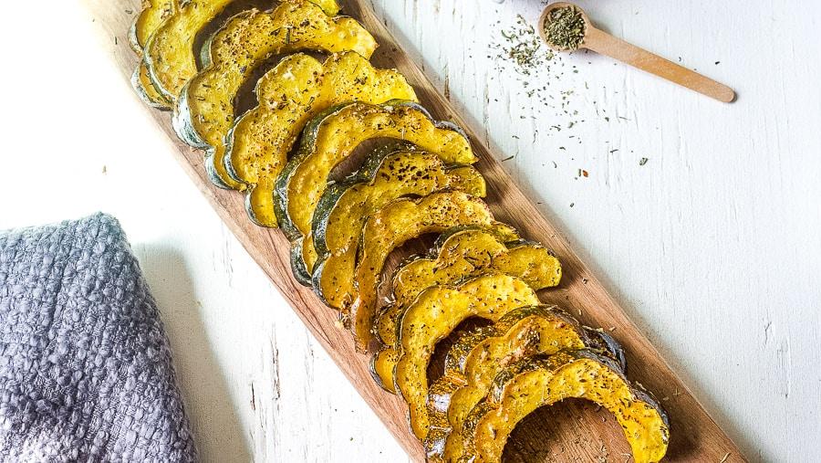 herb roasted acorn squash recipe